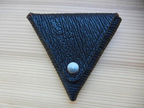 三角小銭入れ(サメ革)10,000円