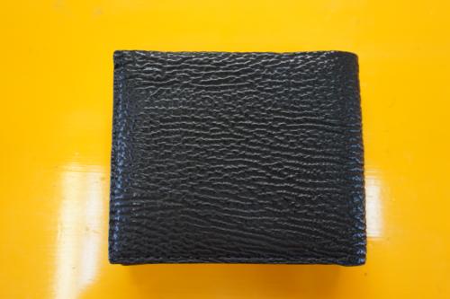 サメ革 二つ折り財布 45.000円